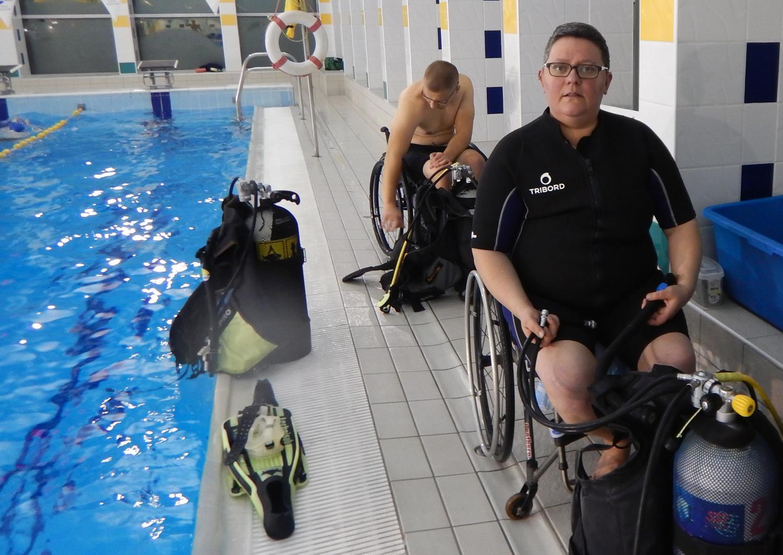 Fotorelacja Z Nurkowania W Basenie Dla Osób Niepełnosprawnych
